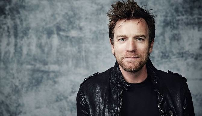 Ewan-McGregor-speaks-Romanian